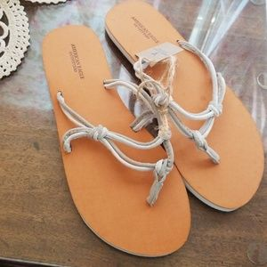 American outfitters sandles NEW